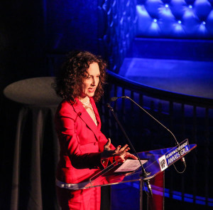 Bebe-Neuwirth-at-WPAwards